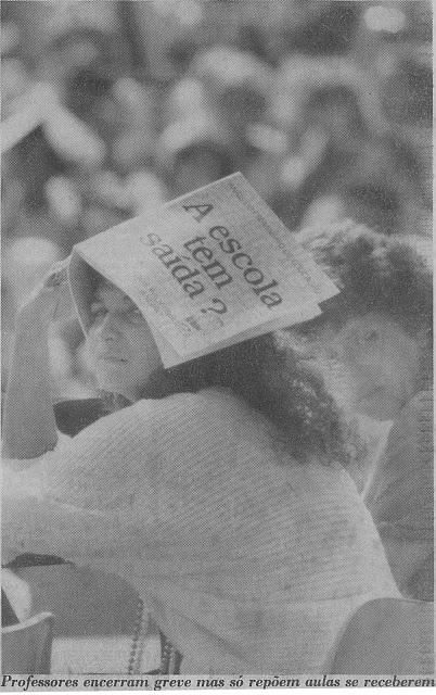 Rita Cortez é flagrada pelo JB em movimento pela greve de Professores nos anos 90
