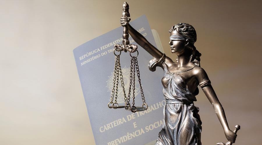 'Setores mais conservadores continuam manifestando interesse na extinção da Justiça do Trabalho', afirma Rita Cortez