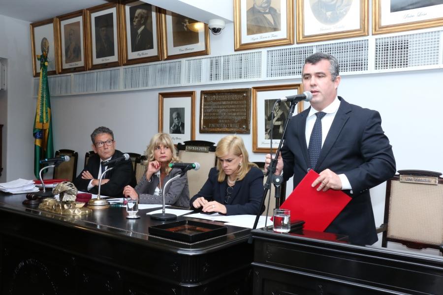 Termo entre IAB e Ministério Público do Trabalho do RJ é assinado por Rita Cortez