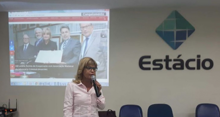 Rita Cortez faz palestra para alunos da Faculdade de Direito da Universidade Estácio de Sá