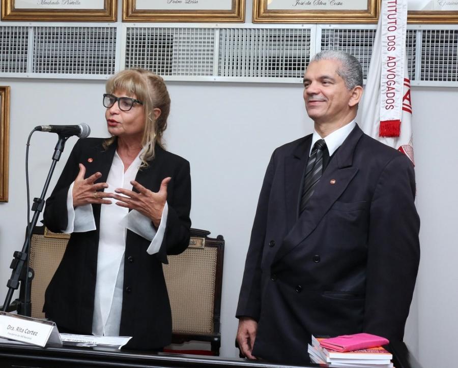 Direito à liberdade religiosa é defendido em seminário no IAB aberto por Rita Cortez