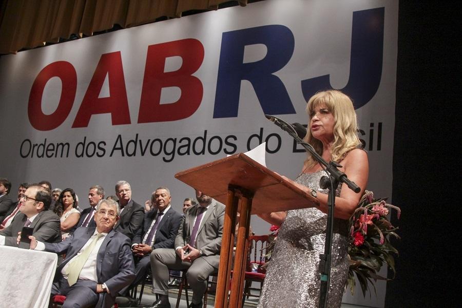 'Somos a voz da cidadania', afirma Rita Cortez na posse da nova Diretoria da OAB/RJ
