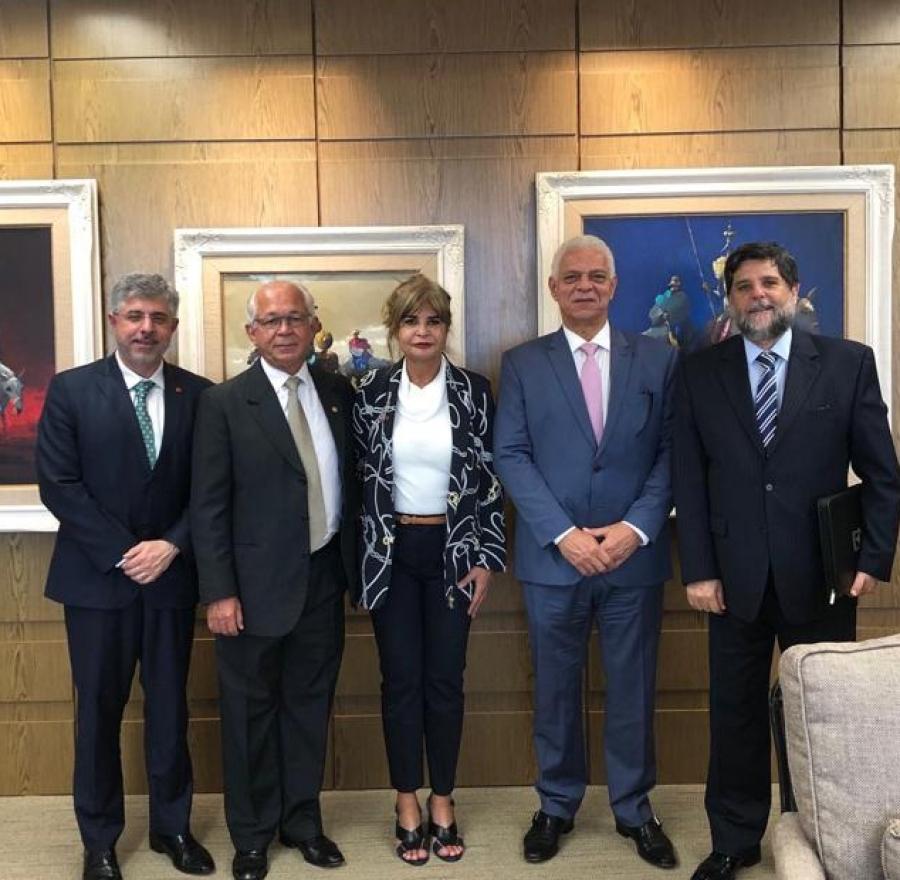 Em Brasília, Rita Cortez faz visita institucional ao presidente do TST