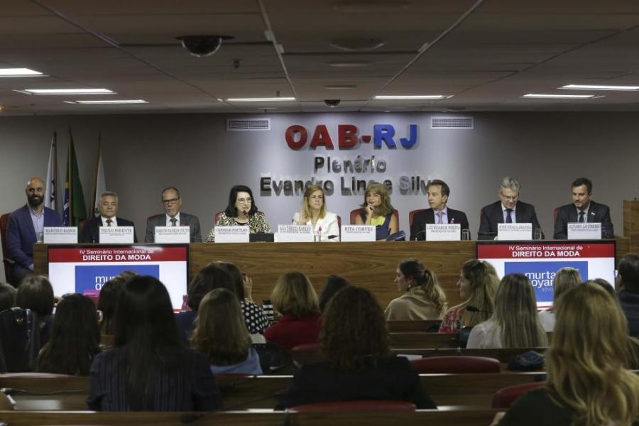 Rita Cortez elogia temática do IV Seminário Internacional de Direito da Moda, na OAB/RJ