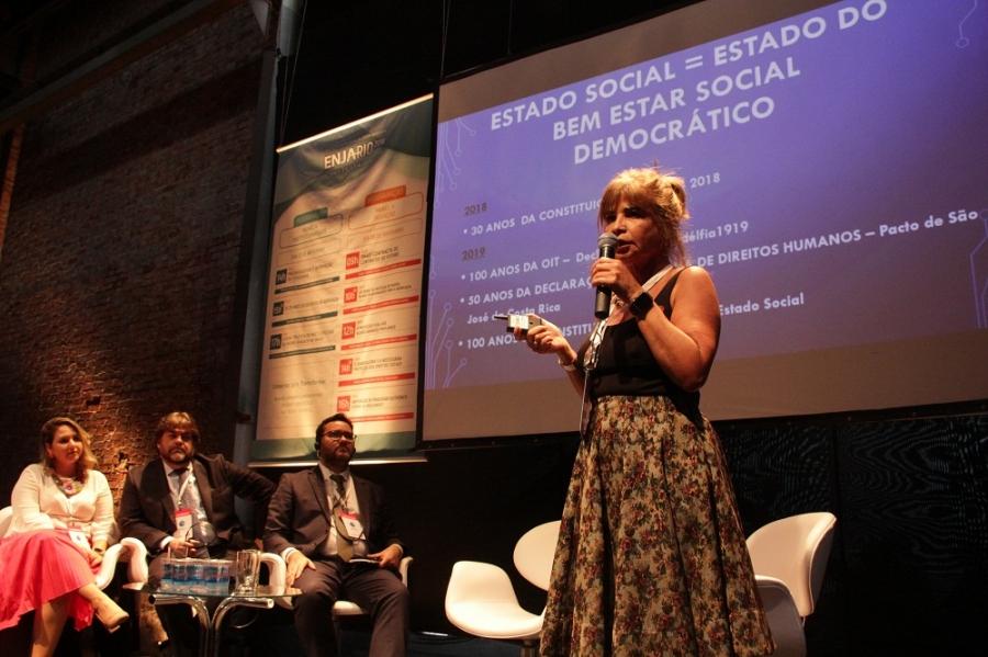 Rita Cortez critica reforma trabalhista e defende preservação do Estado de bem-estar social