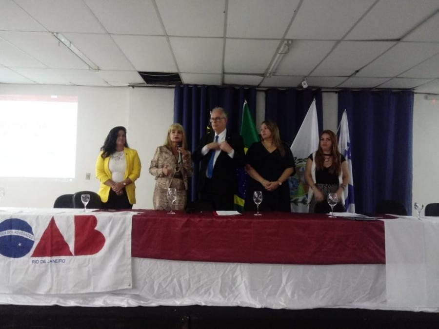 Representando o IAB, Rita Cortez faz palestra em Volta Redonda e firma parceria com a OAB de Barra Mansa