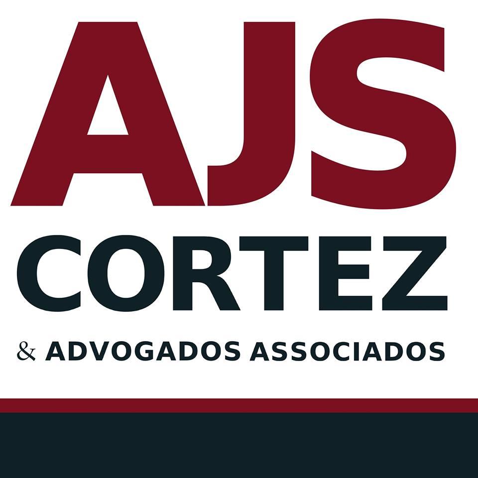 Ação com assistência da AJS, movida por professor contra a Estácio, é destaque do Jornal O Dia