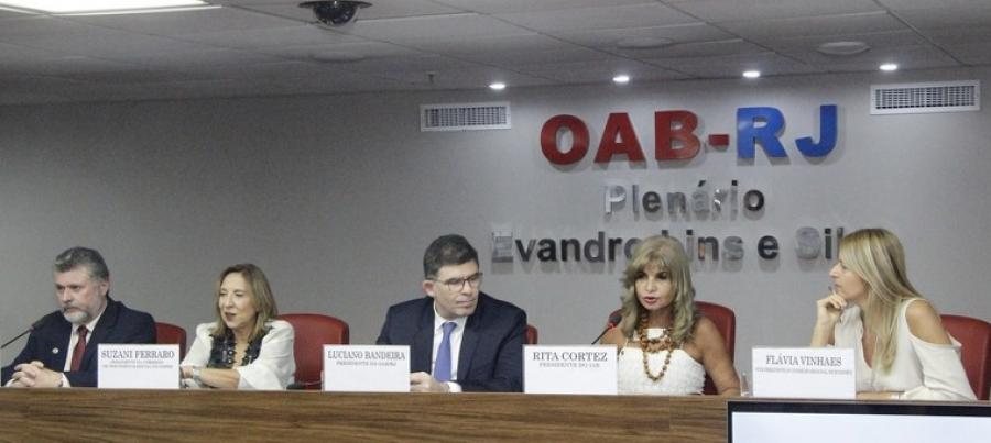 """Rita Cortez afirma em evento na OAB/RJ que """"a Previdência não é deficitária"""""""